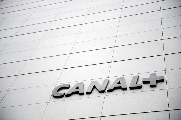 """Acculé, Canal+ va supprimer près de 500 postes en France pour """"préparer l'avenir"""""""