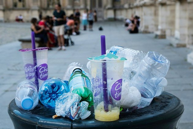 Trier, recycler, réparer, consigner: la loi antigaspillage débarque