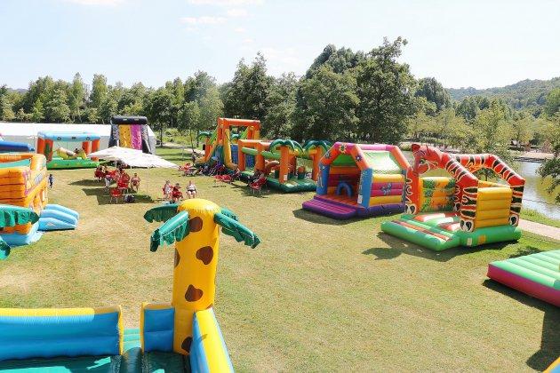 À Lillebonne, des structures gonflables pour les enfants tout l'été