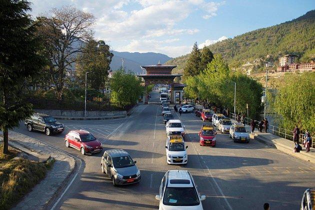 Au Bhoutan écolo, la montée en puissance de la voiture
