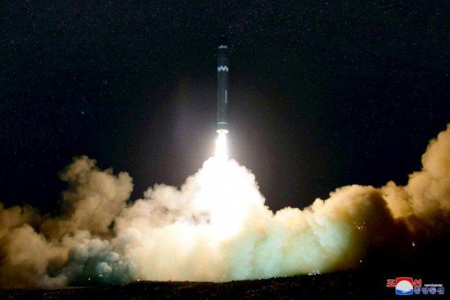 """La Corée du Nord tire des """"projectiles"""" de """"courte portée"""""""