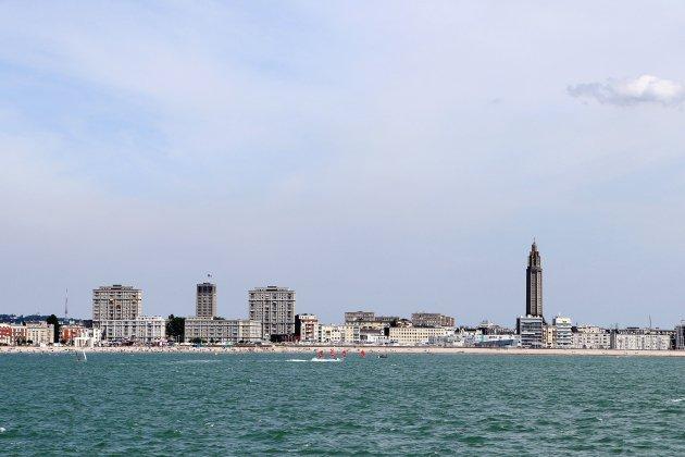 Le-Havre. Plages en Normandie : par temps chaud, plutôt sable ou galets?
