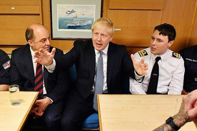 Brexit: en visite en Ecosse, Johnson attend un geste de l'UE