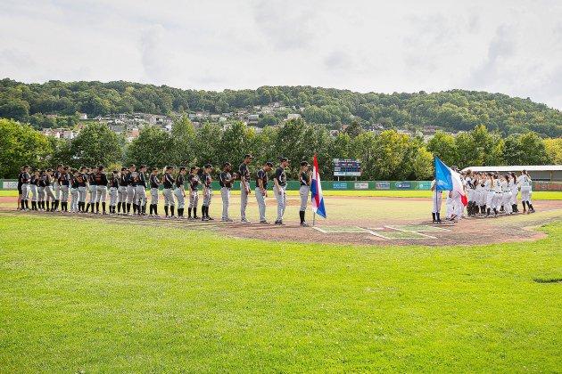 La France remporte le premier championnat d'Europe féminin de baseball