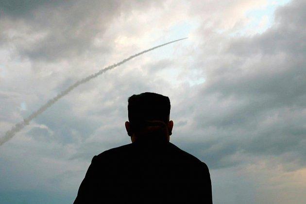 """Les derniers tirs nord-coréens sont un """"avertissement"""" à Washington et à Séoul, déclare Kim"""