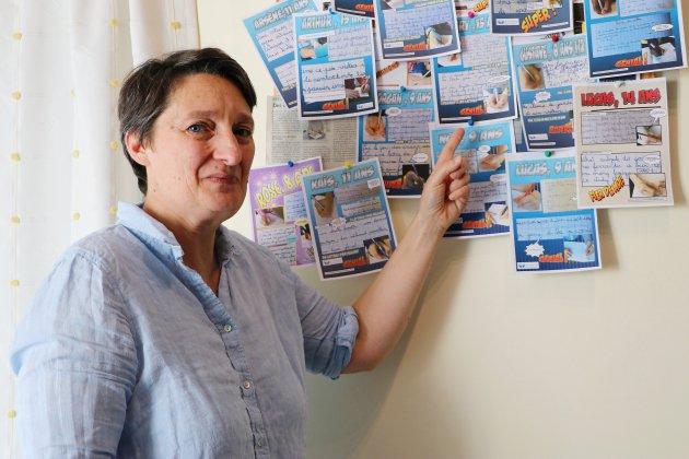 À Rouen, Laura Lefebvre réapprend aux enfants et aux adultes à écrire