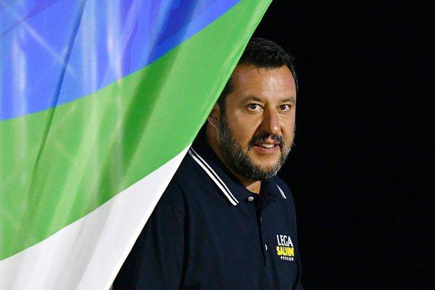 Italie: Salvini presse pour des élections au plus vite