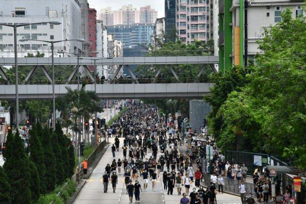 Hong Kong: les manifestants pro-démocratie de nouveau dans la rue
