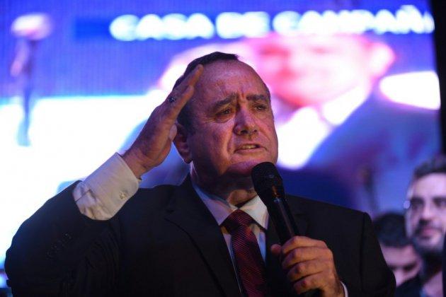 Guatemala: le candidat de droite Alejandro Giammattei élu président