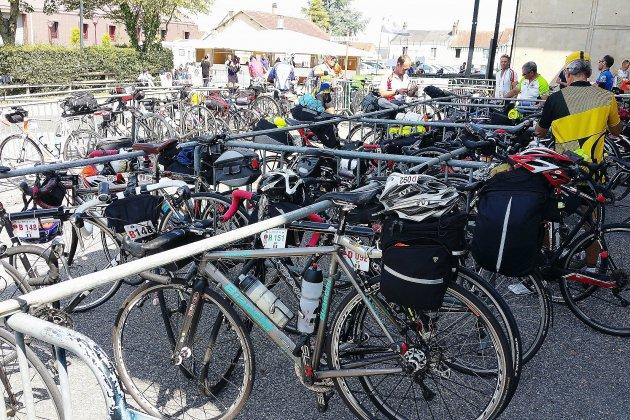 6668 cyclotouristes dans les rues de Mortagne-au-Perche!