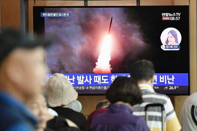 """La Corée du Nord tire de nouveau des """"projectiles non identifiés"""""""