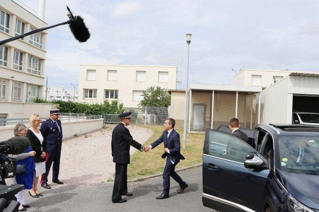 Le Havre: Gérald Darmanin vient féliciter les douaniers