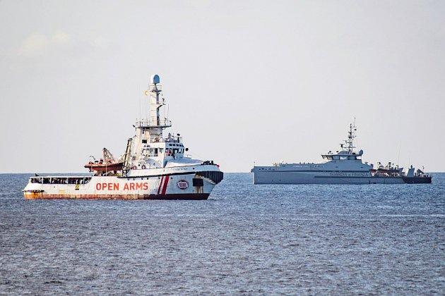 """Migrants: Open Arms juge """"incompréhensible"""" l'offre de débarquer aux Baléares"""