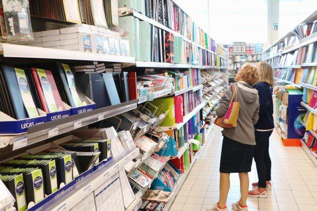 Rentrée scolaire : ruée dans les magasins pour les fournitures scolaires