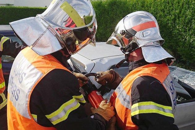 Manche :un pilote de moto meurt dans une collision avec une voiture