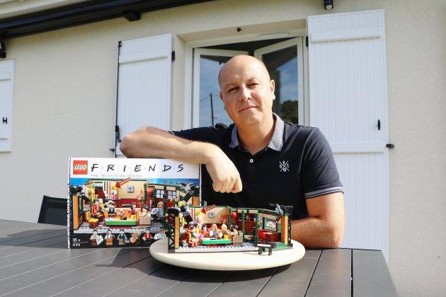 Lego : créé par un Normand, le café de la série Friends est bientôt disponible