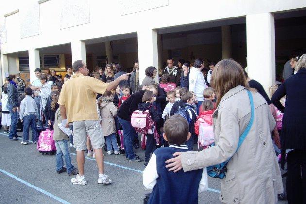 Alençon: des enfants prêts pour la rentrée scolaire