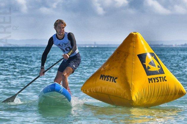 Stand-up paddle : le Calvadosien Martin Vitry en argent à la coupe du monde