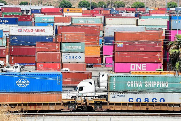 Guerre des tarifs douaniers: Washington et Pékin annoncent une pause