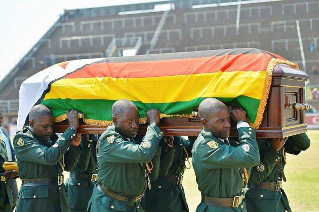 L'adieu du Zimbabwe et de l'Afrique à l'ex-président Mugabe