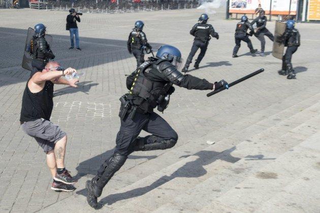 """""""Gilets jaunes"""": 1.800 manifestants à Nantes, des heurts avec la police"""