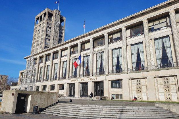 Cahier de condoléances à la mairie du Havre