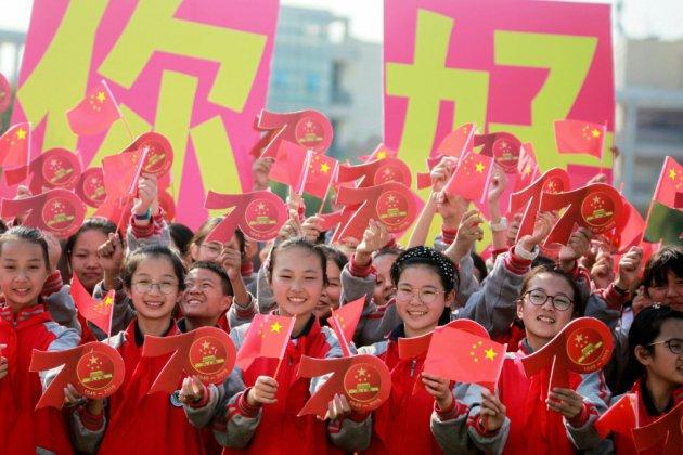 Chine: le rouge de mise dans la culture pour l'anniversaire du régime