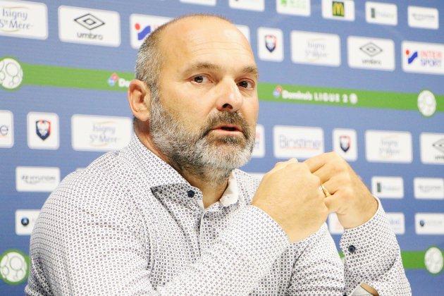 Football (Ligue 2) : Pascal Dupraz arrive confiant au SM Caen