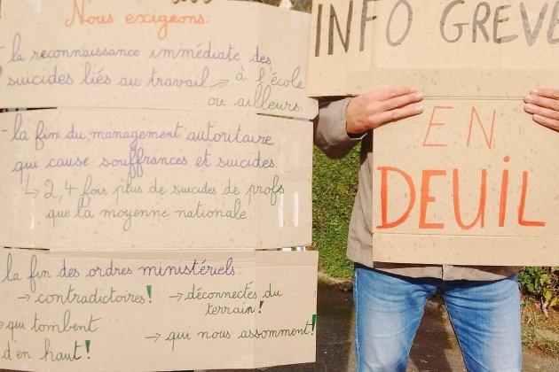 Lisieux: deux écoles en grève suiteau suicide d'unedirectrice d'école