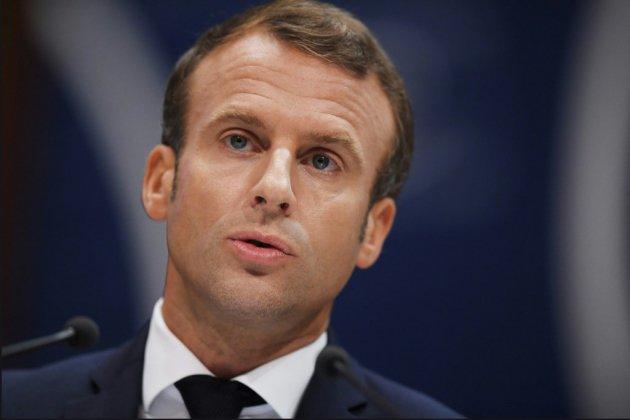 A Rodez, Macron repart en campagne pour un grand débat sur les retraites