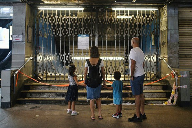 Hong Kong: la majorité des stations de métro fermée, nouvelle manifestation en vue