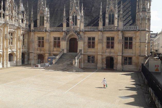Près de Rouen, il est jugé pour agression et vol à répétition