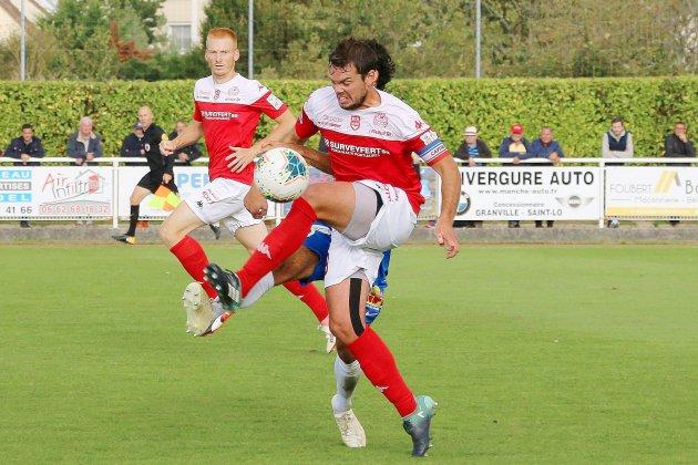 Le FC Rouen solide leader