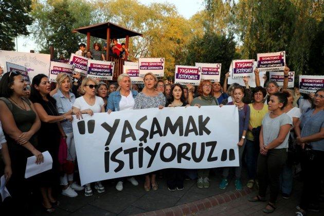 Le procès d'un féminicide qui a choqué la Turquie