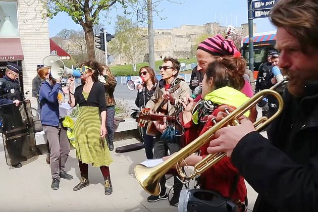 Gilets jaunes: les musiciens vont-ils payer 135€ d'amende?