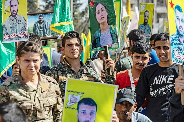 """Syrie: les Kurdes décrètent une """"mobilisation générale"""" face à la Turquie"""