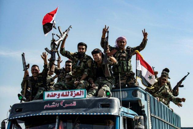 """Syrie: l'armée et les forces kurdes affrontent """"ensemble"""" les rebelles proturcs (ONG)"""