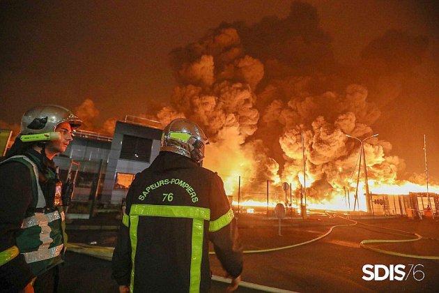 Lubrizol: des résultats d'analyses anormaux chez les pompiers