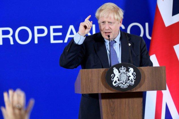 Brexit: après l'accord trouvé à Bruxelles, Johnson s'attelle à convaincre Westminster