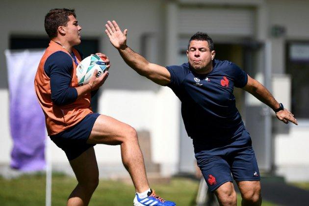 XV de France: avec Penaud, Dupont et Guirado en quarts du Mondial face aux Gallois