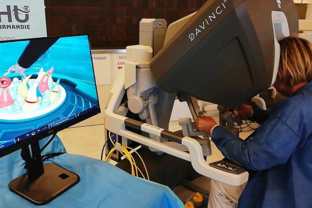 CHU: un nouveau robot pour affiner les chirurgies