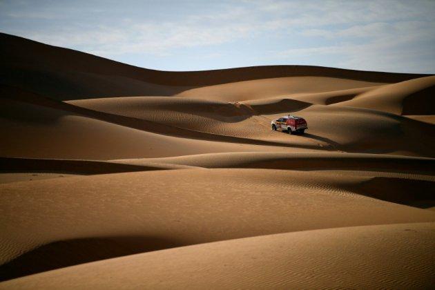 Dans le désert d'Arabie, avec les traceurs du Dakar