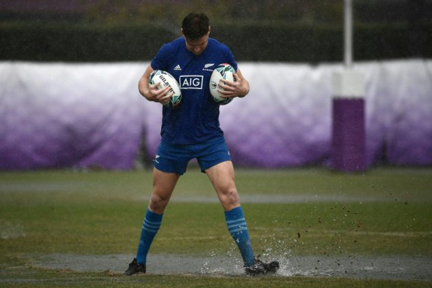 Mondial de rugby: Angleterre-All Blacks, Rose qui pique contre marée noire