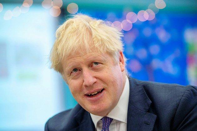 Brexit: décision attendue sur le report, Johnson tente de déclencher des élections