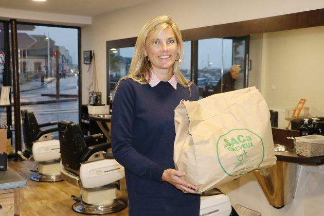 Un salon de coiffure recycle les cheveux contre la pollution