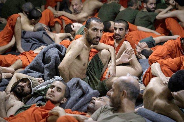 Dans une prison kurde, des ex-combattants de l'EI végètent, en piteux état
