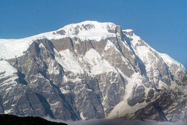 """La légendaire course aux quatorze """"8.000"""", la """"couronne de l'Himalaya"""""""