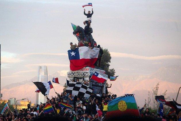 Chili: deux semaines après, la mobilisation sociale reste intacte