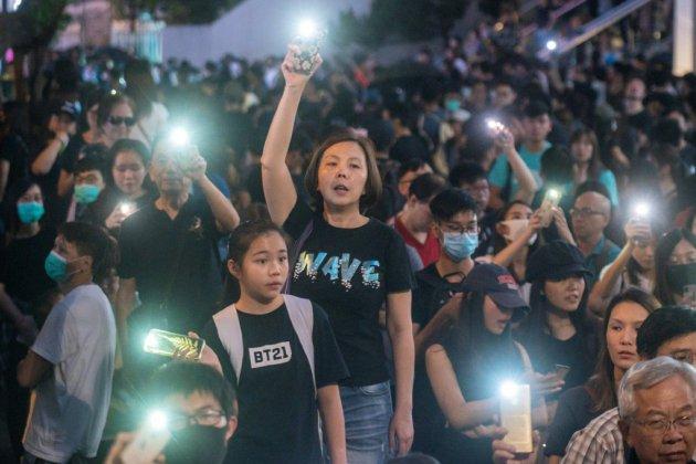 Hong Kong: nouvelle manifestation, tirs de gaz lacrymogène