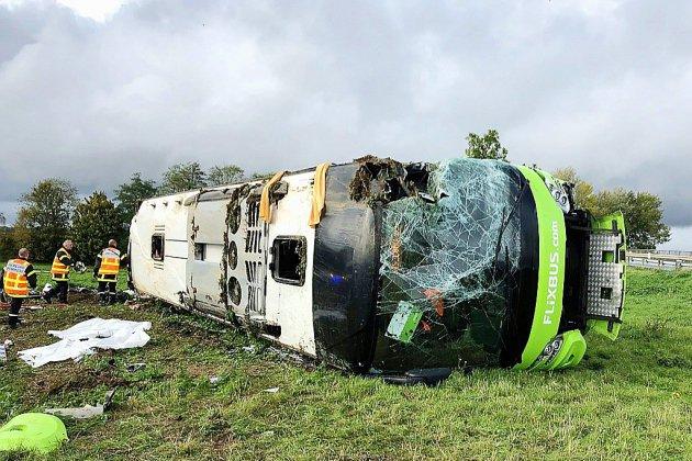 Somme: 33 blessés, dont 4 graves, dans un accident de car sur l'A1
